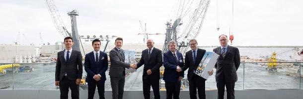 Esbjerg køber verdens største mobile kran