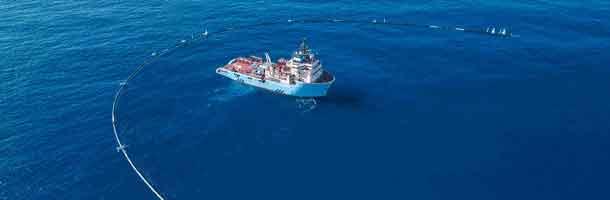 Maersk Transporter på vej tilbage til plastikø