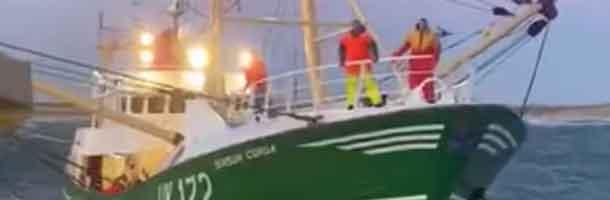 Hollandsk trawler er ankommet til Thyborøn