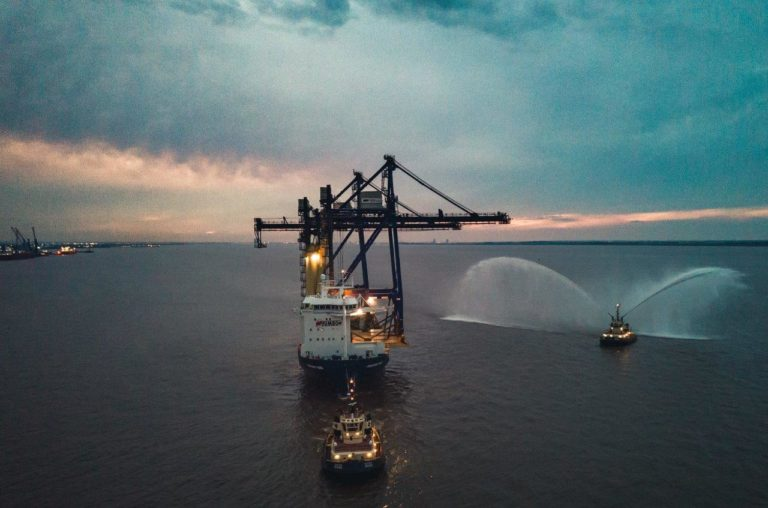 Jumbo shows intuitive engineering skills for container crane transport