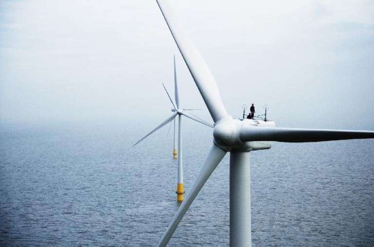 Dansk vindmøllekoncern lukker fabrik i Danmark