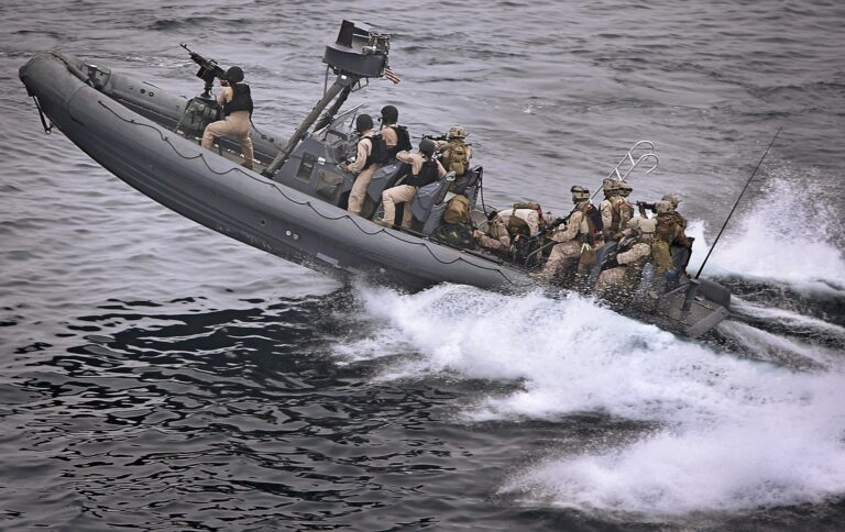 Her er grundene: Derfor sender Danmark fregat til Guineabugten