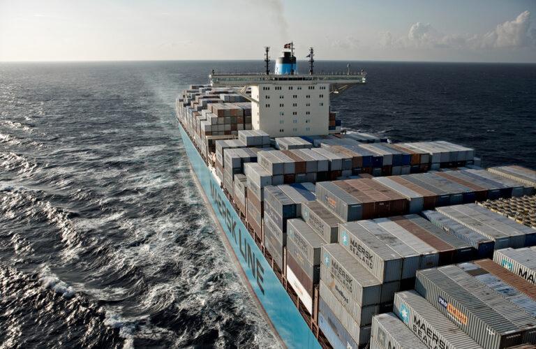 Forsinkelser på 16 dage – Nu er 64 Maersk-skibe omdirigeret