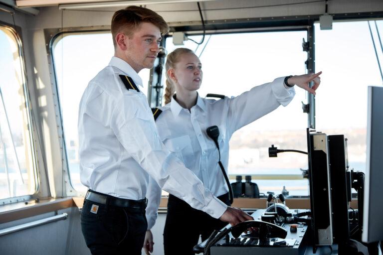 Esvagt uddanner første kvinde til person in charge på en Ampelmann