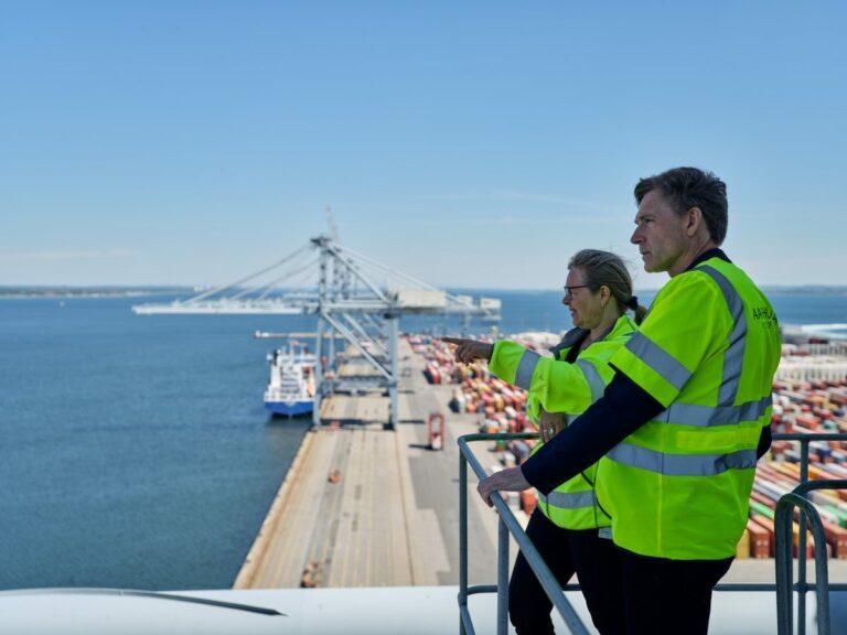 Partiformand på besøg hos Danmarks største havn
