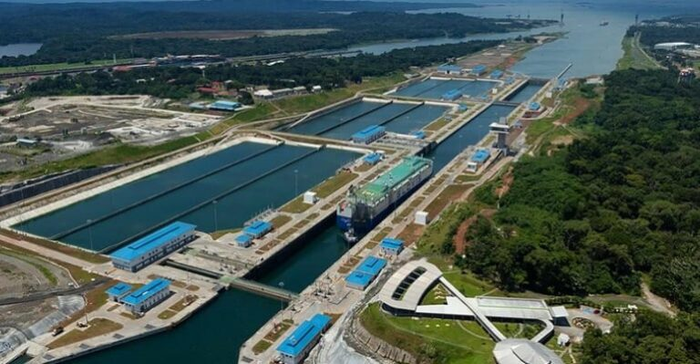 ACP allows longer ships in neo-panamax locks