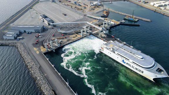Molslinjen sejler gratis færgeture midt på ugen