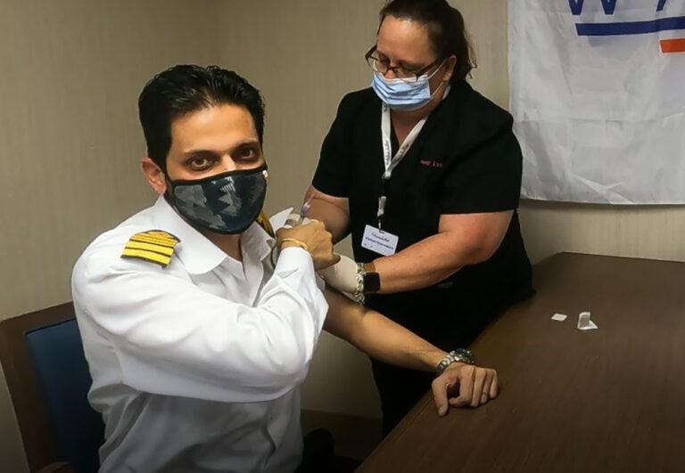 WHO oplyser, at søfarende får Covid-19-vaccineprioritet