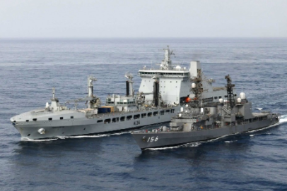 Britain and Japan hold anti-piracy drill in the Gulf of Aden