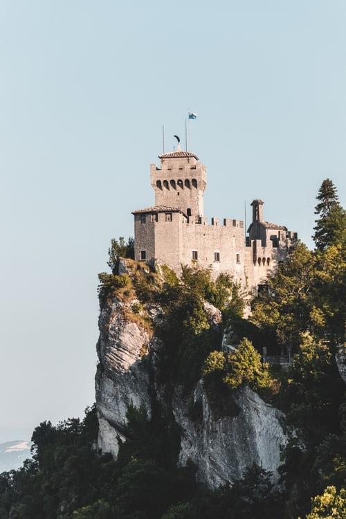 Miniscule Republic of San Marino starts open shipping registry