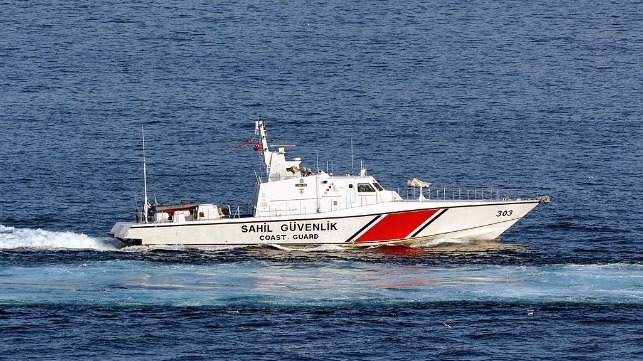 Tyrkisk kystvagt skyder advarselsskud mod cypriotisk kystvagt