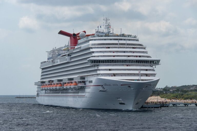 Carnival Cruises passenger dies from Covid