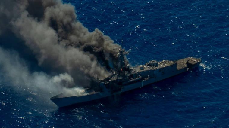 Vild video: Amerikansk flåde sænker fregat i affyringsøvelse