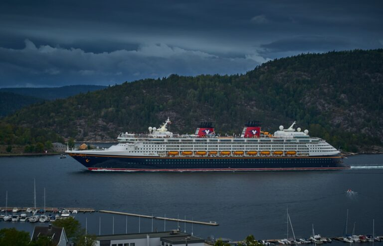 Vaccine Required to Cruise with Disney Cruise Line