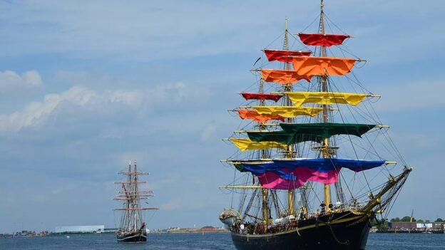 Kom og besøg skoleskibet – Georg Stage klædt på til WorldPride
