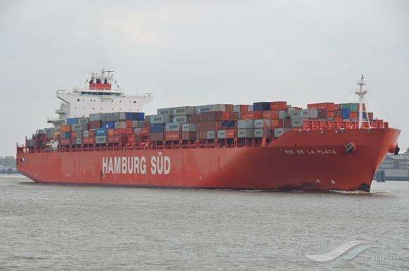 Maersk-ejet containerskib ramt af stort corona-udbrud
