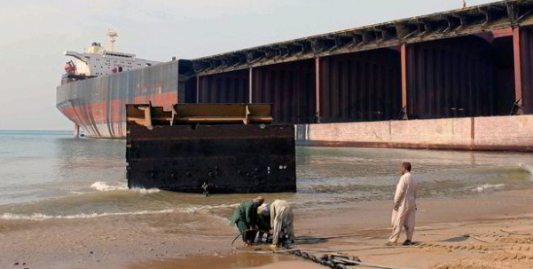 Shipbreakers besieged by cargo claims from former charterers