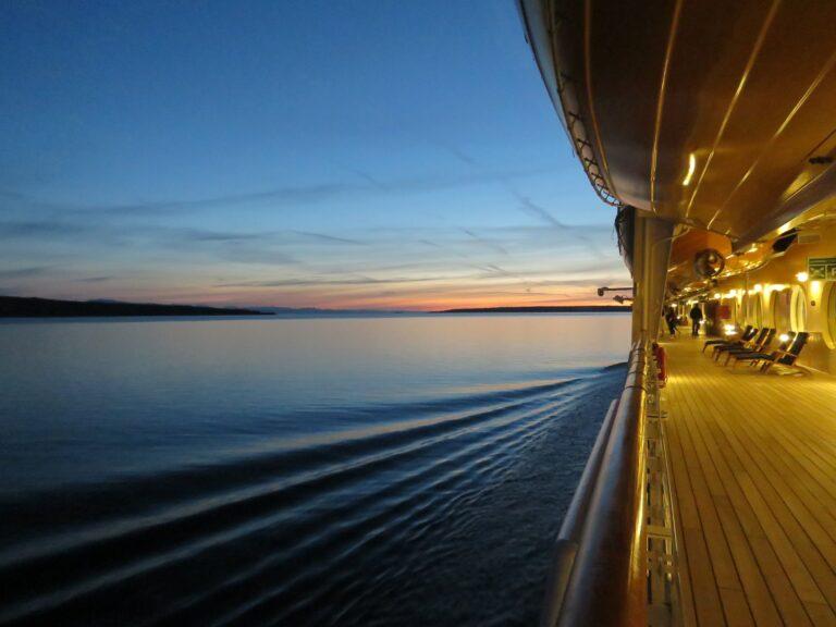 Carnival Cruise To Use Glory Cruise Ship as Housing in Louisiana