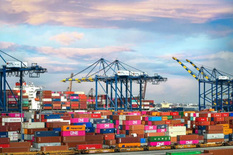 Record Breaking Number of Container Ships in Southern California Waters