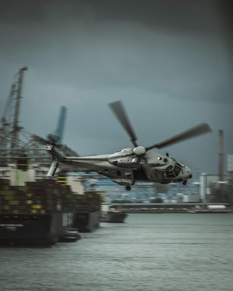 Fem søfolk forsvundet efter helikopterstyrt i USA