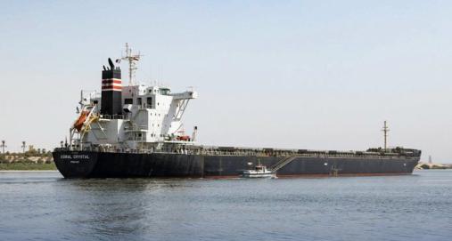 Video: Bulkskib grundstødt i Suez-kanalen