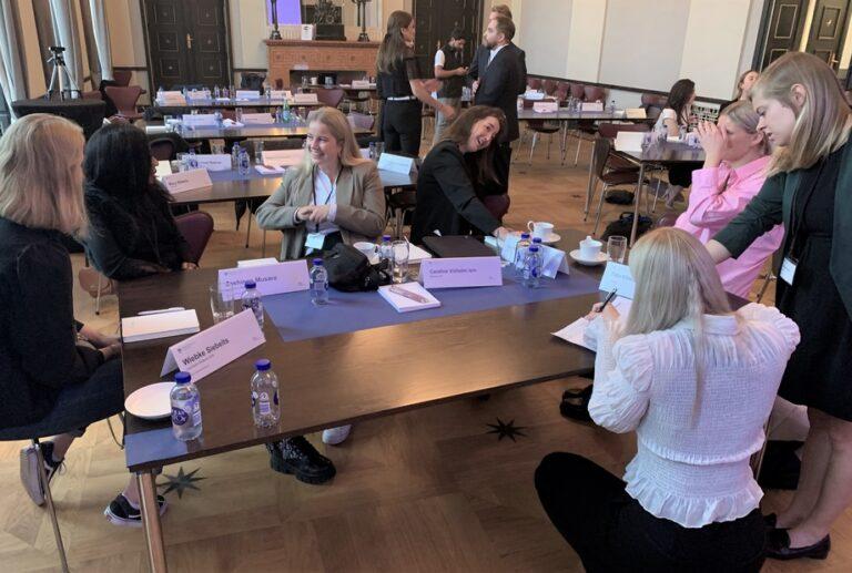 Rekordmange kvinder på ny shippinguddannelse