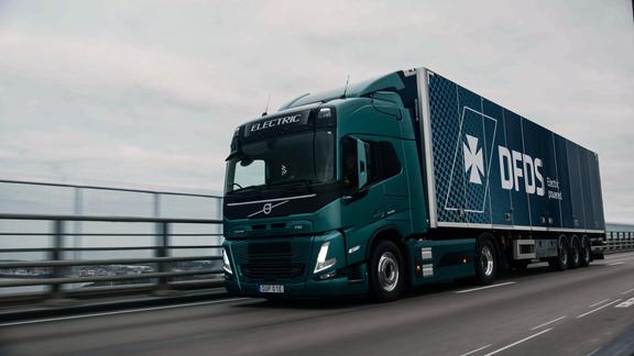 DFDS bestiller 100 eldrevne Volvo-lastbiler